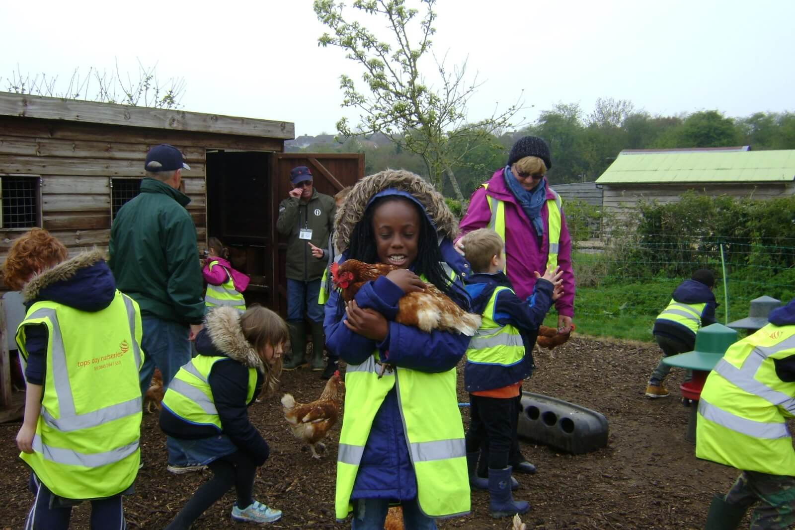 Hi5s holiday club farm visit